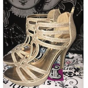 Nude sparkly high heels   size 7